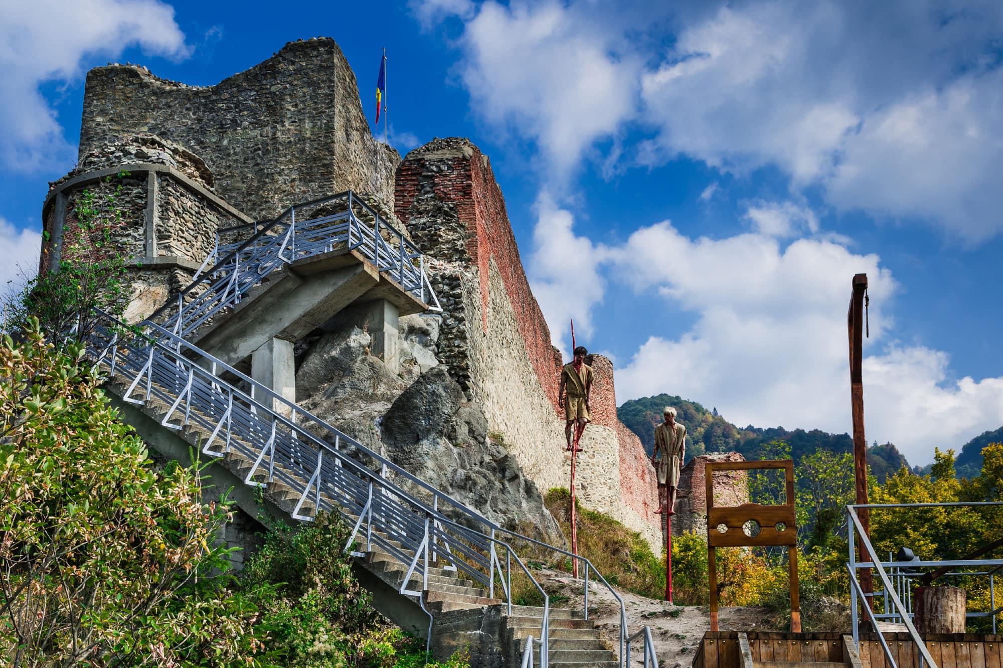 poenari-citadel-vidraru-dam-transfagarasan-2