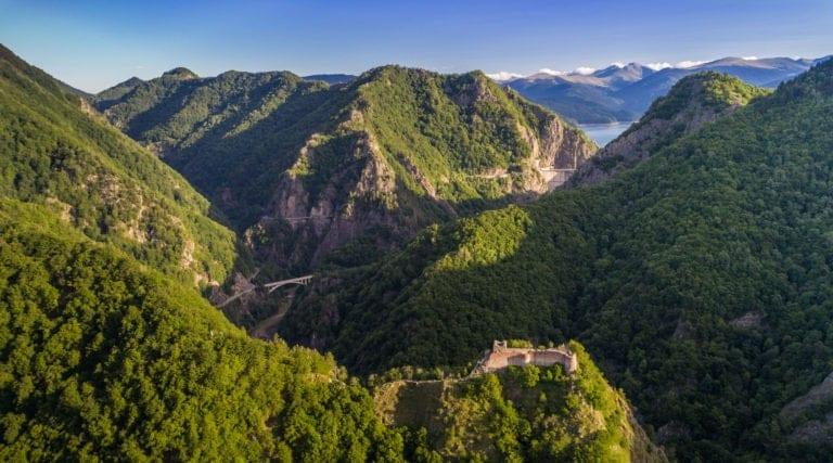 Poenari citadel – Vidraru dam – Transfagarasan